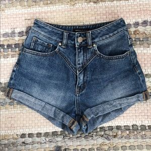 Pacsun Kendal and Kylie high waisted shorts